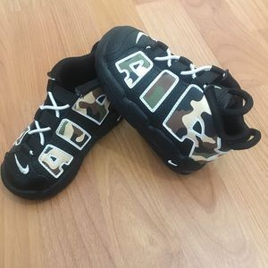 NWT Nike Uptempo Camo 2019 shoes Toddlers's 7c
